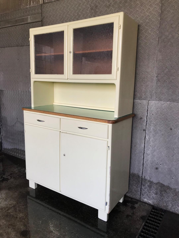 vintage k chenbuffet 50er jahre. Black Bedroom Furniture Sets. Home Design Ideas