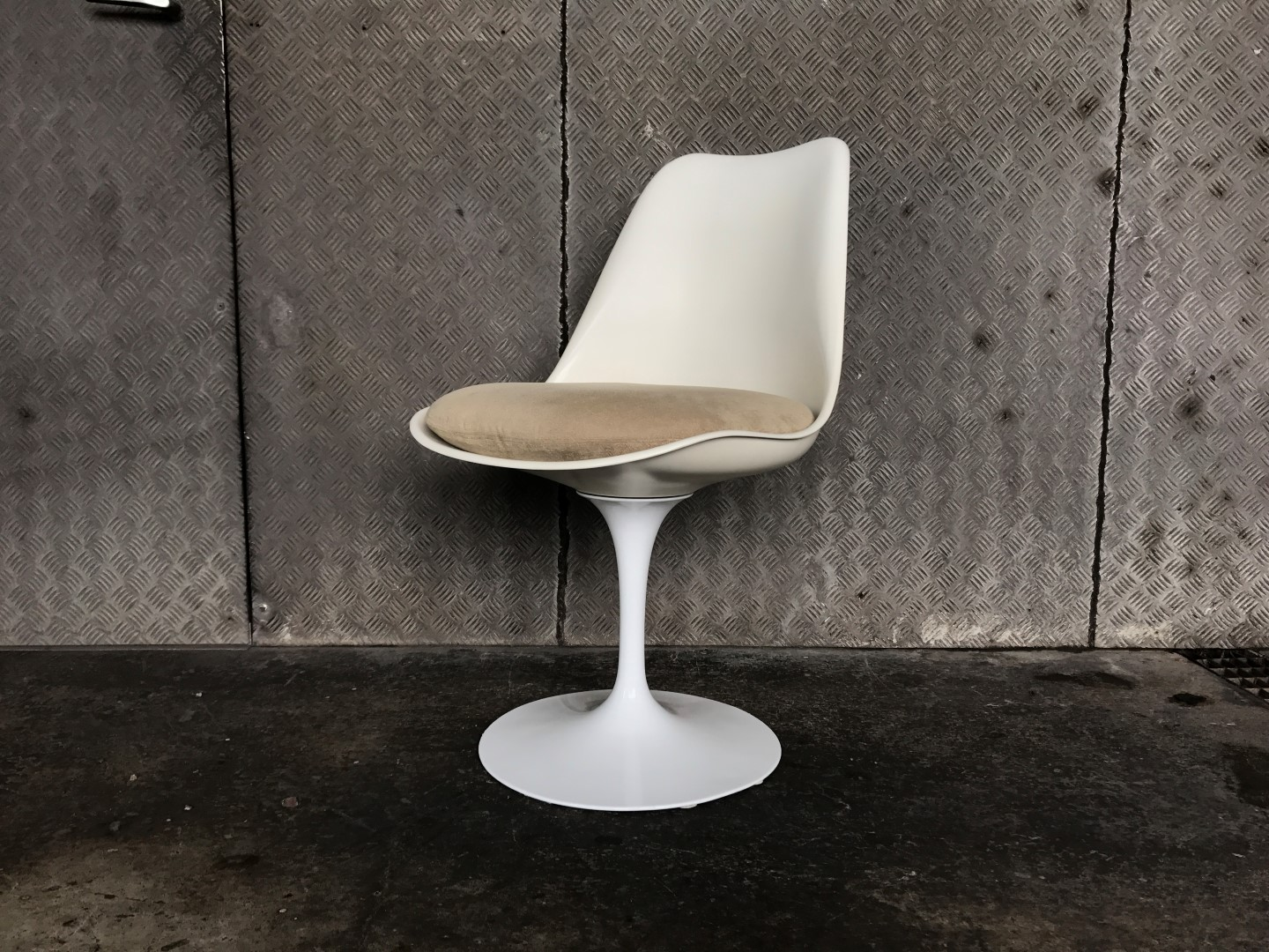 Tulip Chair   Eero Saarinen
