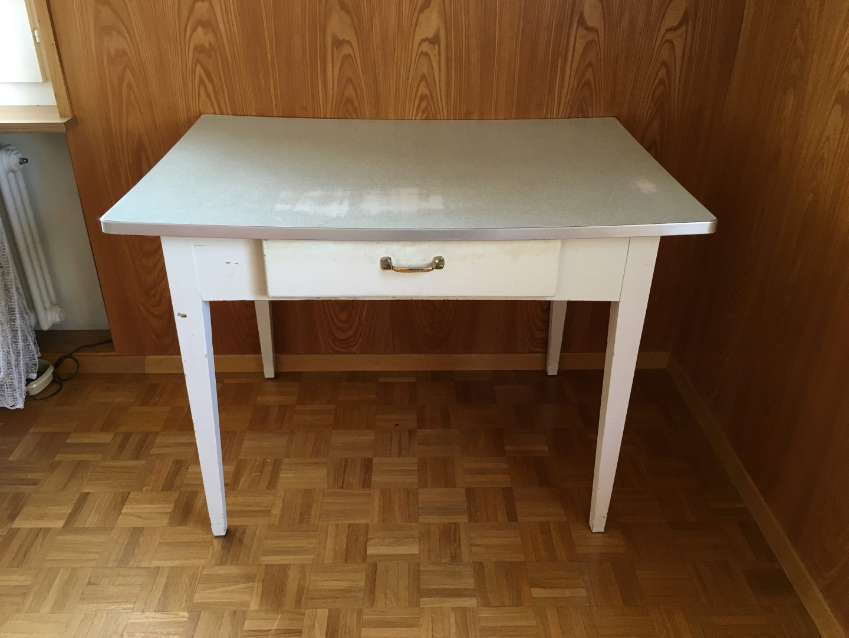 vintage k chentisch 60er jahre mit stuhl. Black Bedroom Furniture Sets. Home Design Ideas
