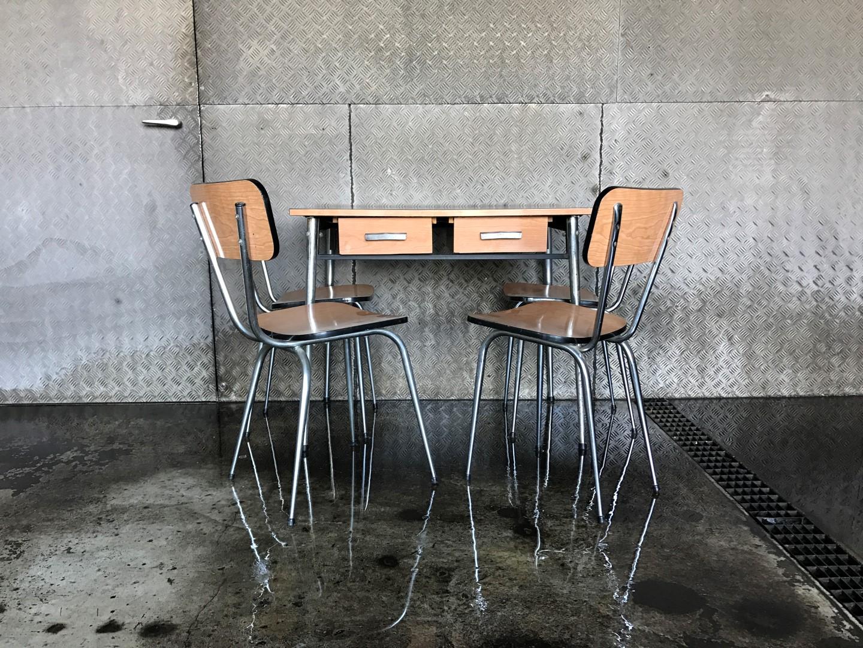 Vintage Küchentisch mit Stühlen 60er | frauflufelberg.ch