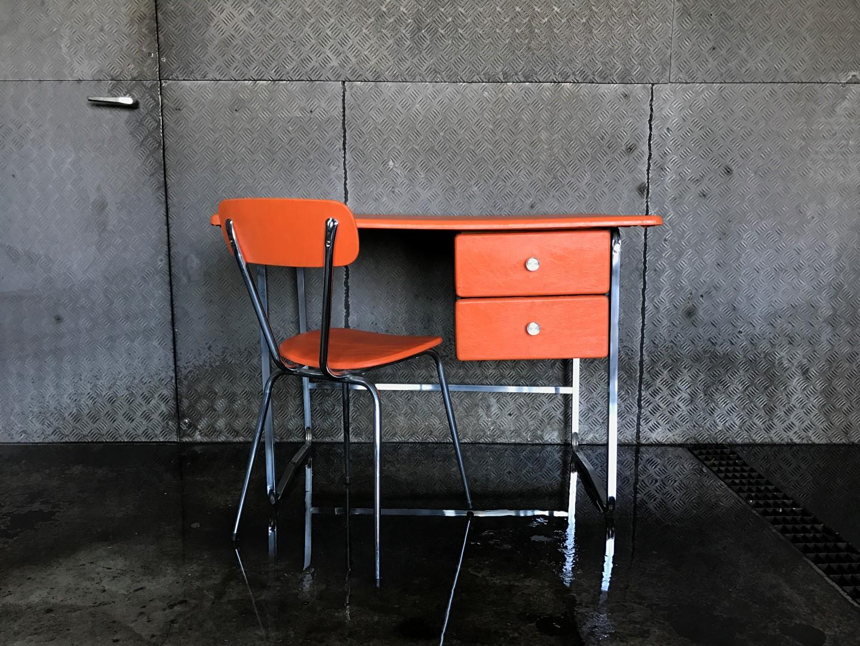 vintage schreibtisch kunstleder 70er. Black Bedroom Furniture Sets. Home Design Ideas